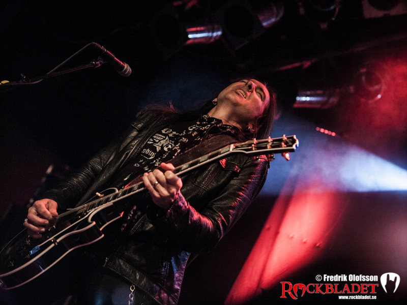 131107-black-star-riders-bild-102
