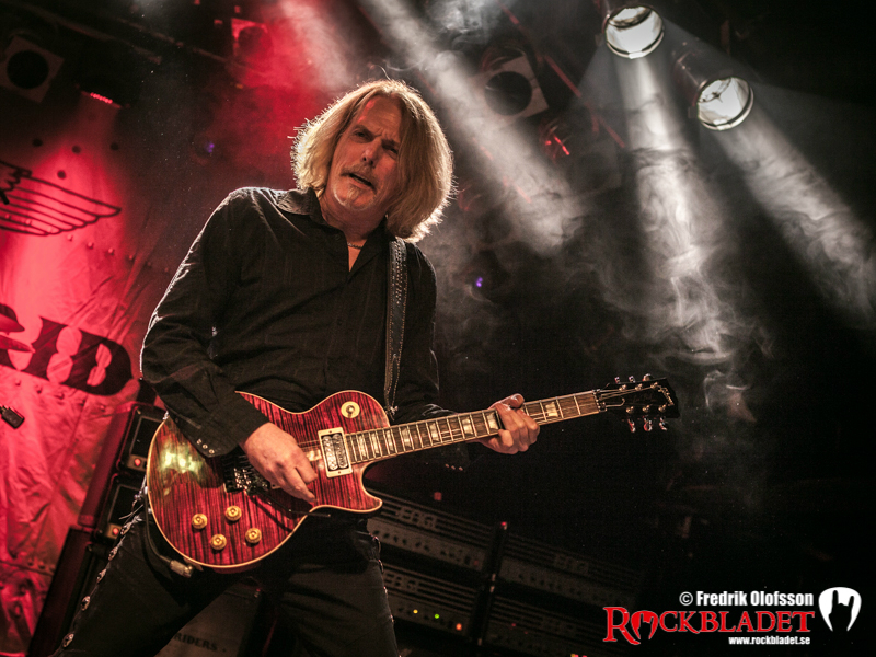 131107-black-star-riders-bild-103