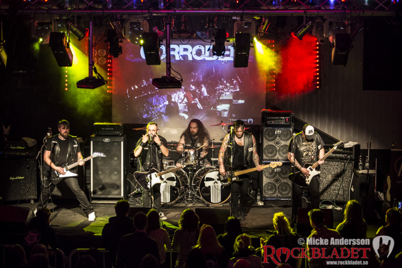 Corroded-Live-at-GK-8165