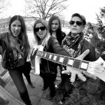 "VIDEOPREMIÄR: Thundermothers släpper en video till sin nya singel ""We Fight for Rock N Roll"""